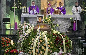 Abp Ryś na pogrzebie mamy: była nam oddana całkowicie