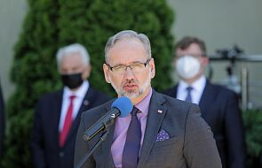 """Minister zdrowia nie wyklucza obostrzeń sanitarnych dla zarażonych """"niebezpiecznymi wariantami"""""""" Covid-19"""