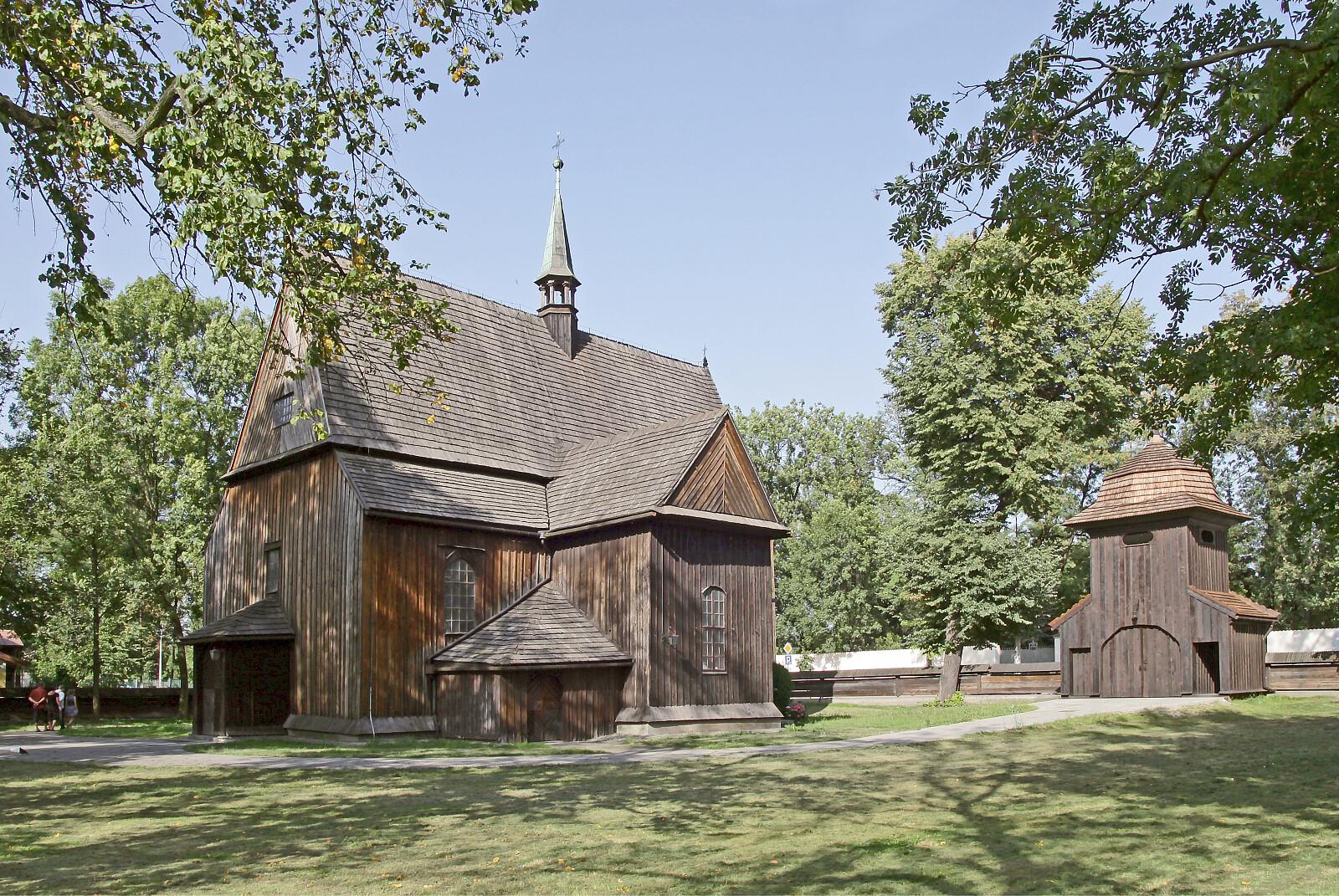 Drewniany kościół św. Bartłomieja w Mogile (fot. manka / depositphotos.com)