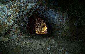 W jaskini k. Ojcowa znaleziono szczątki 12-latki. Była pochowana z czaszką zięby w ustach