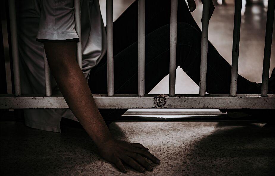 Prezydent Filipin chce karać więzieniem osoby niezaszczepione