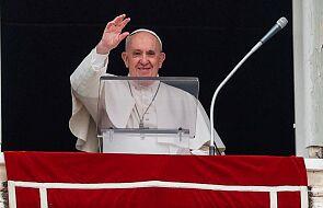 Franciszek do osób starszych: Pan nie przestaje posyłać aniołów, aby ukoić naszą samotność