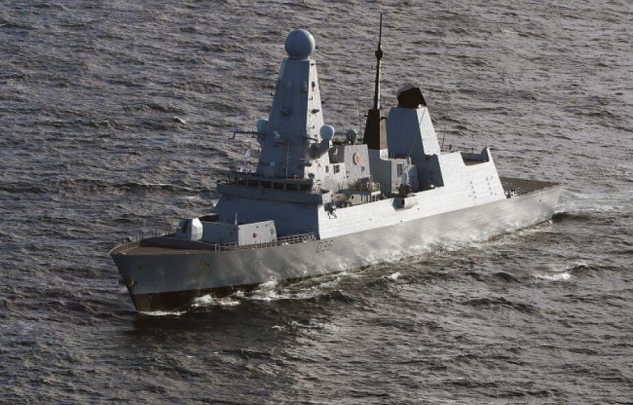 Wielka Brytania. Ostrzelany na Morzu Czarnym HMS Defender wypłynął we wtorek z Odessy