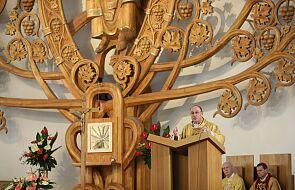 Prymas Polak: nauczanie św. Jana Pawła II o uczciwości i wolności wciąż są aktualne