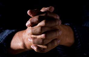 Jutro minuta modlitwy o pokój w Ziemi Świętej i Mjanmie. Zachęcał do niej sam papież