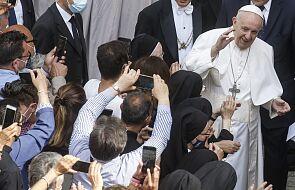 Papież: trzeba odmawiać tę modlitwę nieustannie