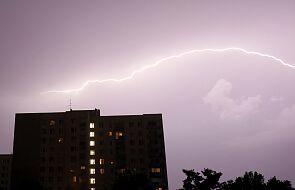 Trudna sytuacja meteorologiczna w Polsce. Burze powodują podtopienia i lokalne powodzie
