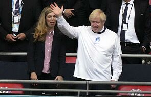 Euro 2020. Premier Johnson potępia obrażanie piłkarzy Anglii