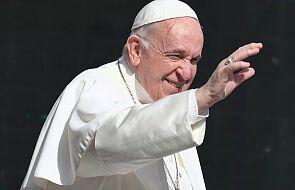 """Papież Franciszek pozdrowił pielgrzymów z Polski: """"Niech Matka Boga wam towarzyszy"""""""