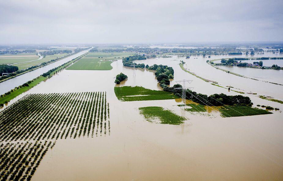 Holandia zmaga się z powodziami. Pacjenci szpitala w Venlo przeżyli chwile grozy