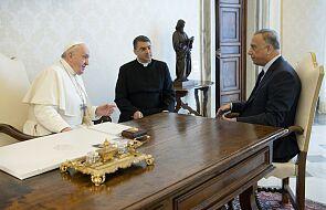 """Papież spotkał się z premierem Iraku. """"Chrześcijanie potrzebują prawnej ochrony"""""""