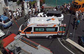 Włochy: autobus spadł na Capri: jedna osoba nie żyje, 28 rannych