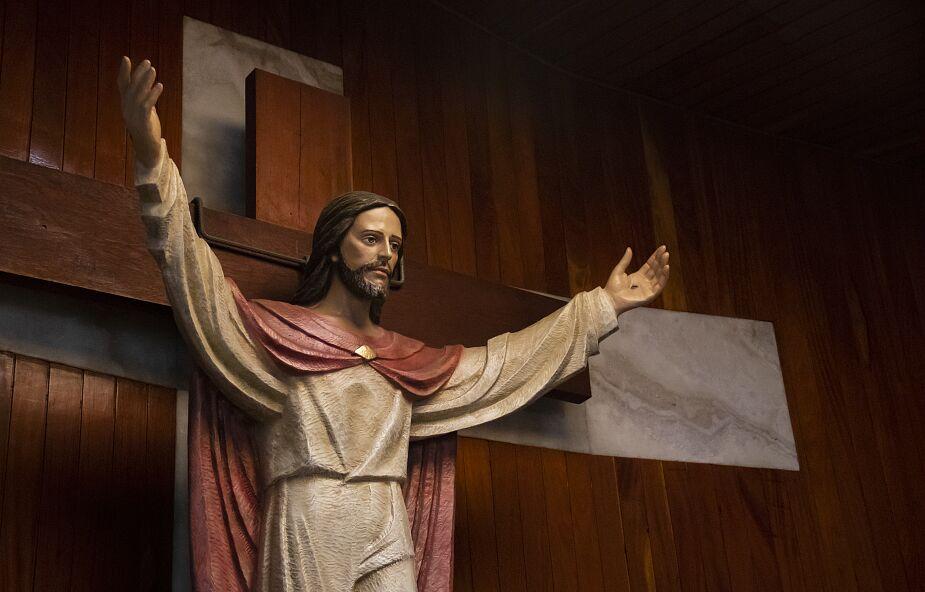 """W rękach Jezusa nasze """"mało"""" wystarczy w zupełności"""