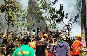 Rośnie liczba ofiar katastrofy wojskowego samolotu na Filipinach. Do tej pory zmarło 45 osób