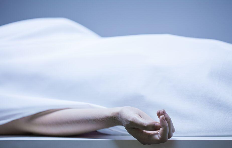 36-letnia nauczycielka z Leszna nie zmarła przez szczepionkę