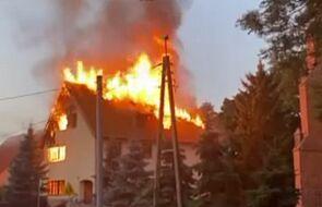 Pożar plebanii w Nowym Stawie. W środku znaleziono zwęglone zwłoki
