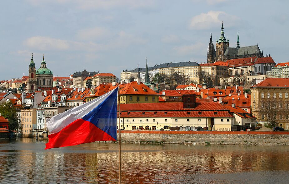 """Czechy: brak możliwości zawierania """"małżeństw jednopłciowych"""" i homoadopcji"""