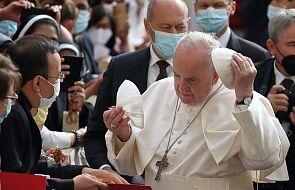 Papież Franciszek: nie osądzać rozwodników, lecz im towarzyszyć