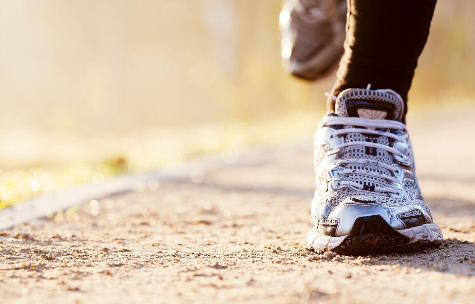 Ksiądz-maratończyk zebrał 30tys. euro dla ofiar powodzi