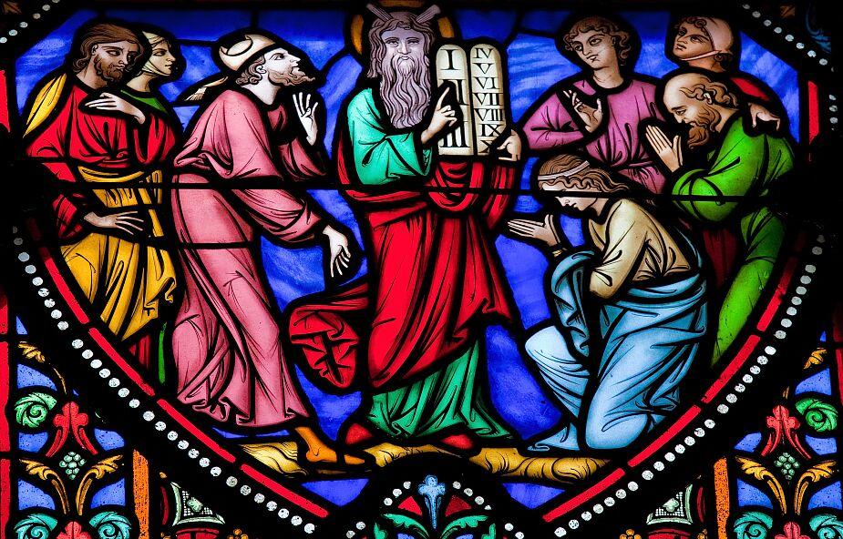 Ulubiona liczba Boga i liczba bestii. Co oznaczają liczby w Biblii?