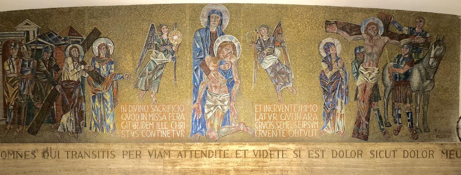 Mozaika Matki Boskiej Bolesnej z katedry w Manilii - InLocoMagistra, CC BY-SA 4.0