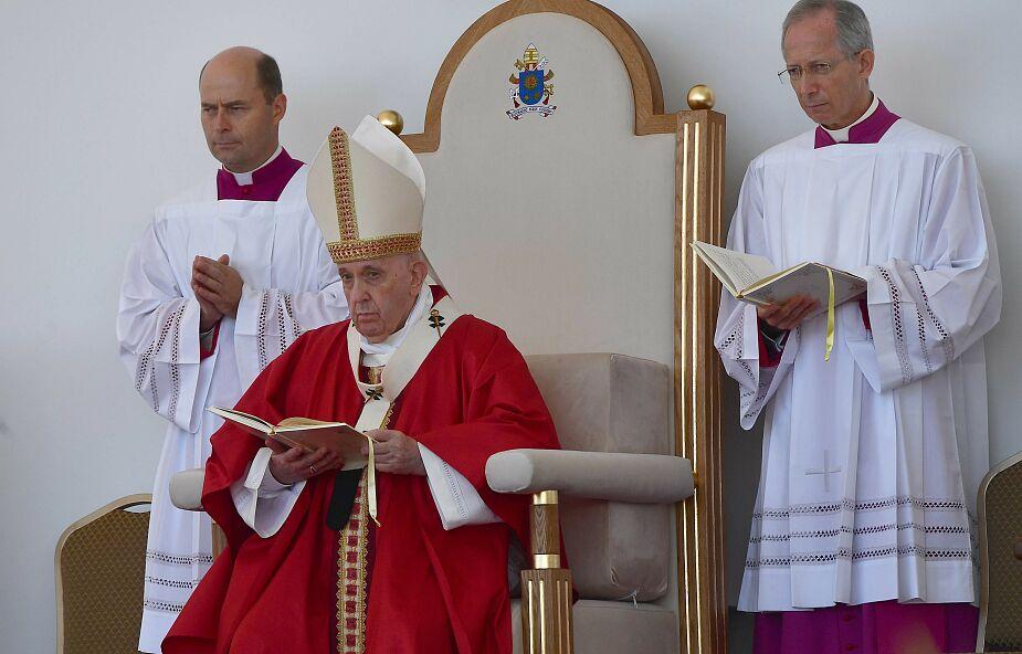 Kolejny dzień wizyty papieża na Słowacji. Jest w Preszowie i Koszycach