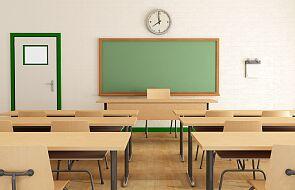 MEiN: stacjonarnie pracuje 99,8 proc. przedszkoli, 99 proc. szkół podstawowych i 99,1 proc. szkół średnich