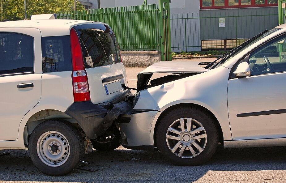 Karambol na S7. Zderzenie 8 samochodów