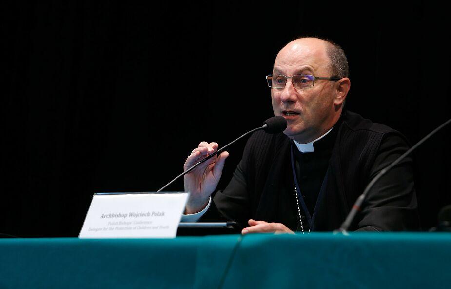 Abp Polak: przestępstwa i zaniedbania wielu ludziom skradły wiarę i zamazały obraz Boga