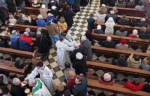 Ilu Polaków uczestniczy we mszy? 26 września doroczne badanie niedzielnych praktyk religijnych