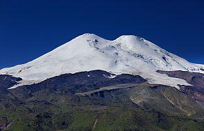 Rosja: tragedia na Elbrusie. Nie żyje pięciu alpinistów
