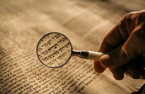 Wielka Brytania: naukowiec oskarżony o sprzedaż starożytnego tekstu Ewangelii