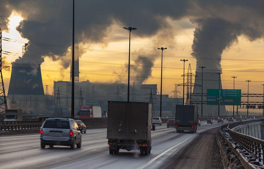 Rośnie globalna emisja CO2. Chiny wyrzucają do atmosfery najwięcej dwutlenku węgla